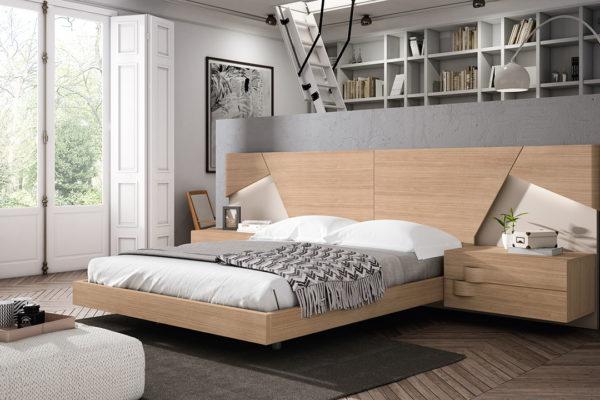 Dormitorio con cabecero Trento, aro, mesita colgada de 2 cajones. Acabado madera de roble- almendra lacada.