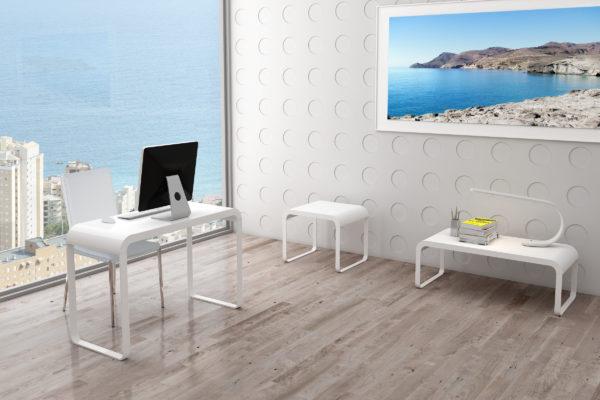 Escritorio lacado blanco brillo, mesa de centro rectangular y mesa rincón lacadas en blanco brillo.